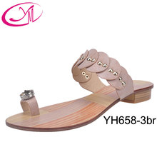 2015 Manufacturer Wholesale Shoes Latest Design Slipper Sandal for Girls