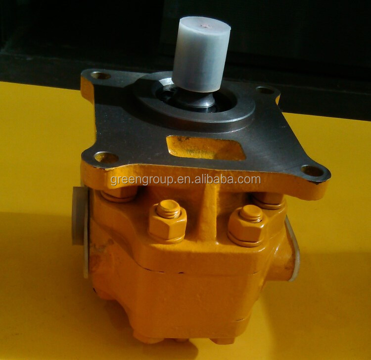 High quality D60 bulldozer steering pump 07430-72203, bulldozer D60 D65 gear pump D65A/P/E/PLL-6-8/D85A-E/P-18