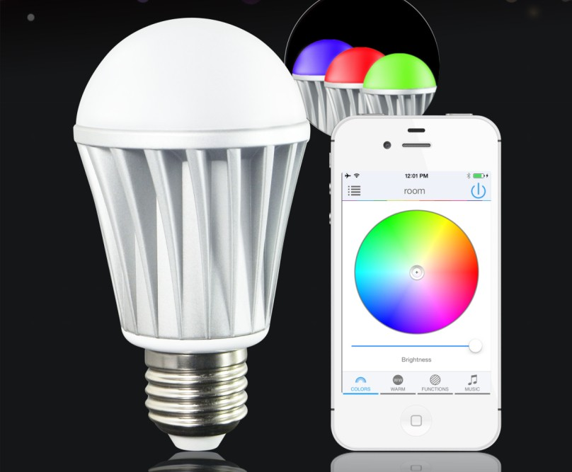 Insteon LED smartphone controlled led light bulb