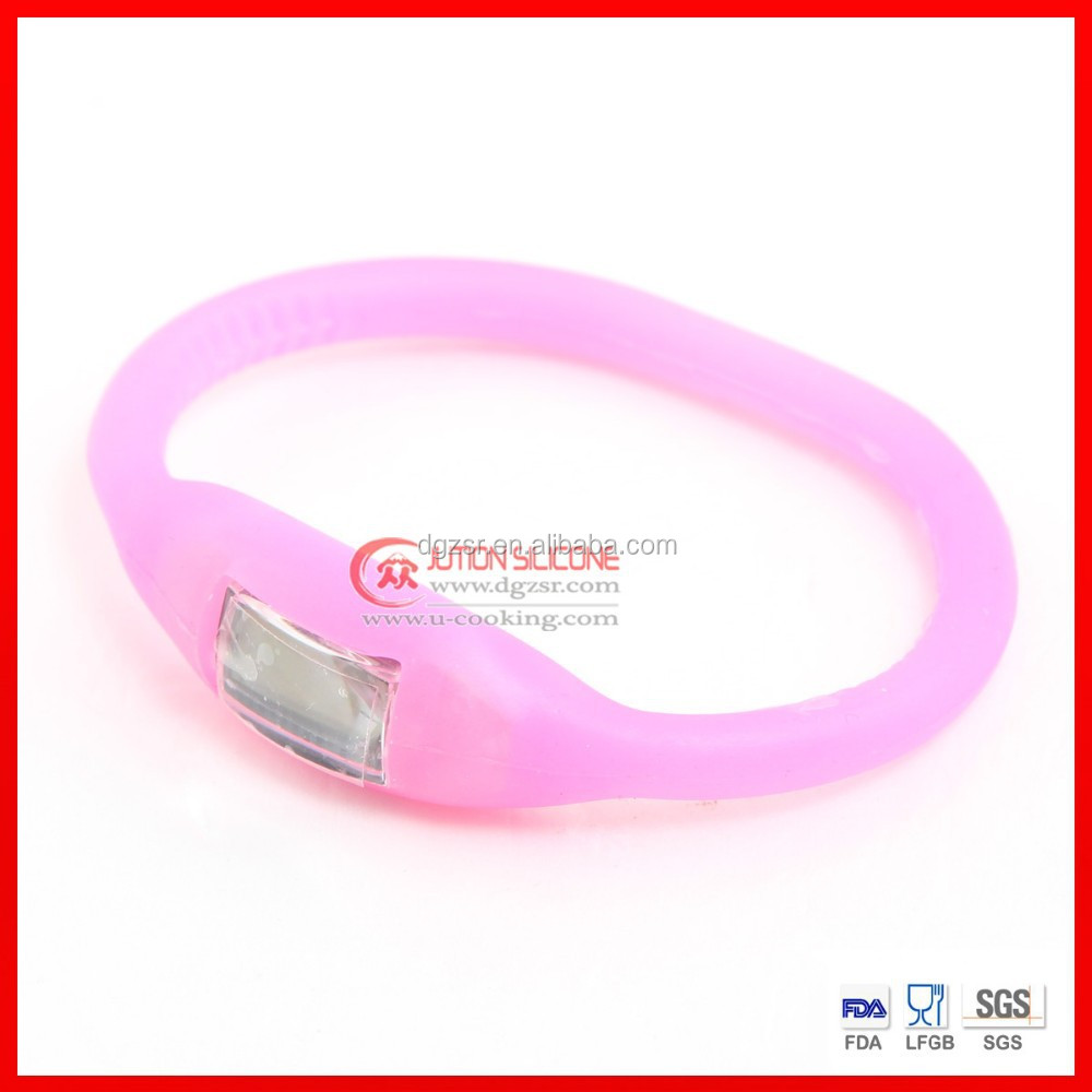 New silicone sports pedometer wrist watch with exchangeable watch strap