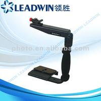 LW-LH02 Camera Flash Flip Bracket with Handle For Most Speedlights