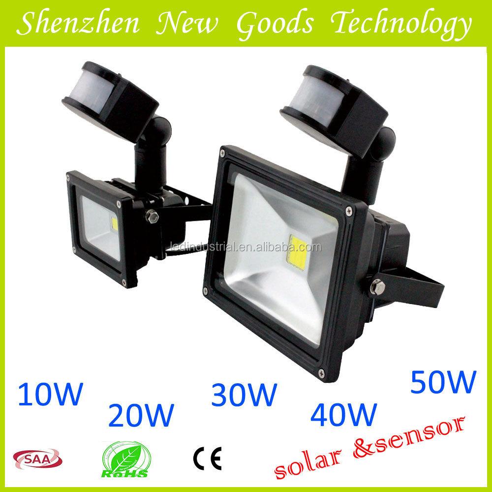 led flood luz com painel solar para uso ao ar livreRefletores de LED