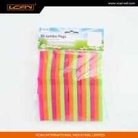 Plastic cloth pegs