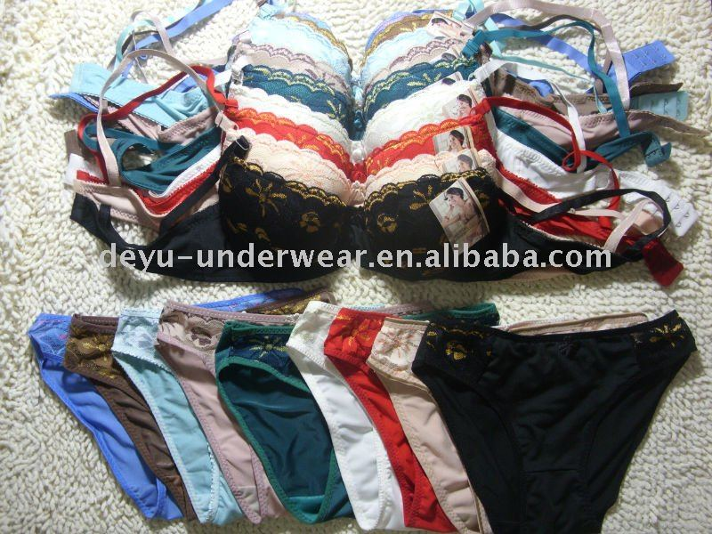 0.9USD High Quality Competive Price triumph bra sets