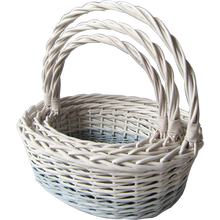Wicker handle basket with soft liner