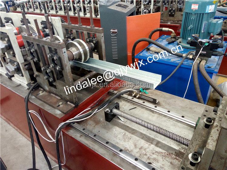 hat furring channel running track roll forming machine