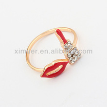Fashion cute lip gold ring designs for girls
