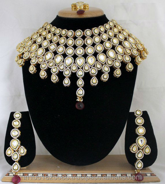 Choker Indian Semi Bridal & Bridal Jewelry in high Quality color Kundan