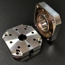 Precision Step Motor Bearing Block 304 304L Stainless Steel Micro CNC Machining