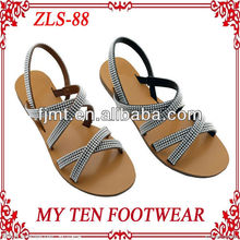 2013 Latest Fashion Crystal Flat Woman Sandal