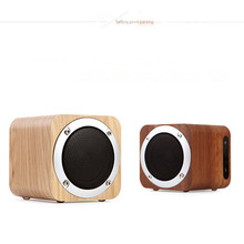 Factory Handsfree Portable Bluetooth Speaker Rechargeable 4-12 Hours Playing Outdoor