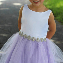 ZH2266Q Lavender White 2019 Flower <strong>Girls</strong> <strong>Dresses</strong> With Crystal Sash Tulle train Children Birthday Wedding Party gown with bow