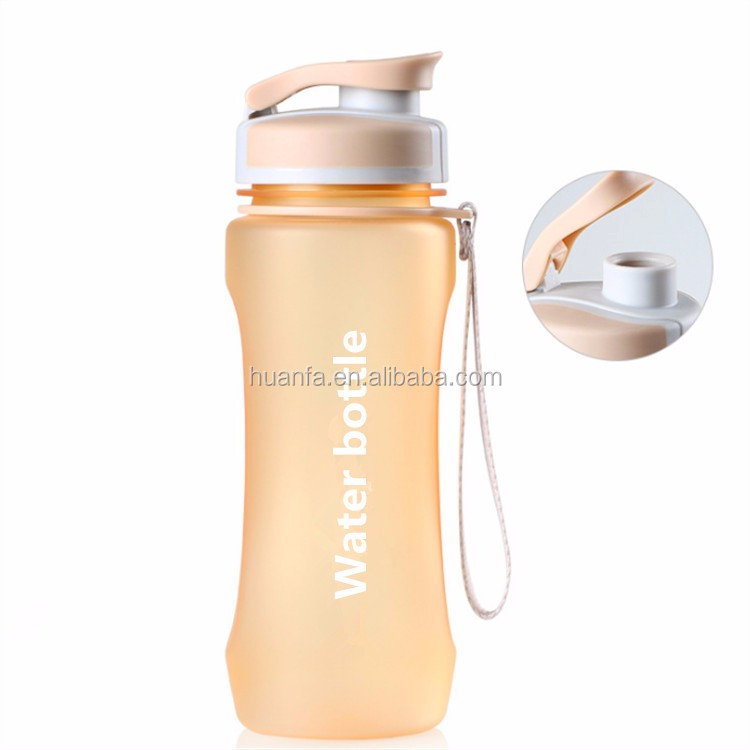 Gold supplier 600ml high quality gym fitness tritan leak proof light weight plastic outdoor sports water bottle with top ball