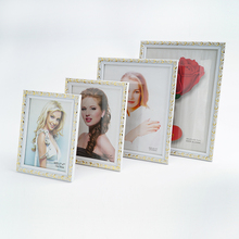 Latest Product Customized Size Fancy Carving Photo Frames Designs, Unique Picture Frames for Sale
