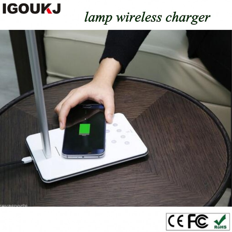 Free shipping newest top selling foldable dimmable desk lamp with night led lamp charger wireless