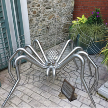 Stainless steel large spider statues for theme park decorations