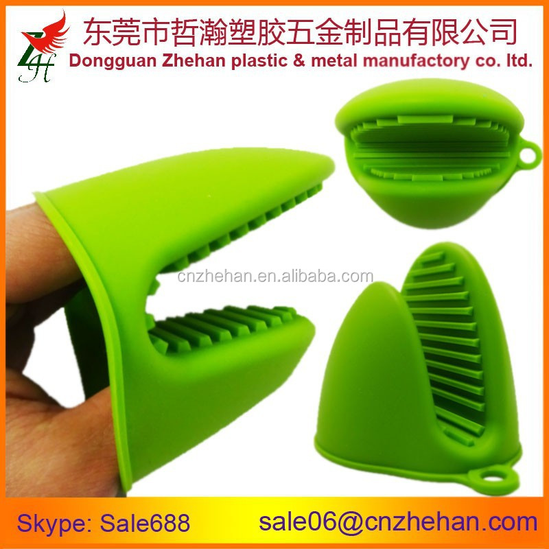 Waterproof silicone heat resistant gloves for Microwave