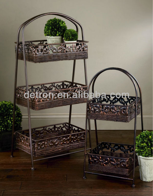Delicate Rattan basket Flower pattern metal display stand