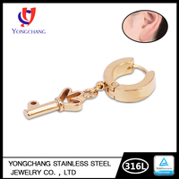 Free Sample 316 l Stainless Steel 24 K Gold Key Shape Hoop Earring Vibrating Piercing Jewelry Wedding Women Earring Jewelry