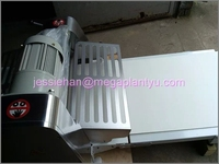 Stainless steel bakery pastry sheeter/pastry dough sheeter/pastry rolling machine