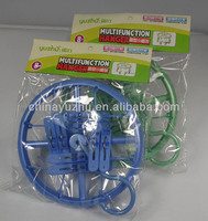 Round plastic clothes hanger with 8 clips