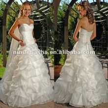 Hot Selling New Design Pleated Skirt Wedding Dress