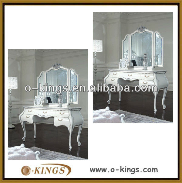 hotel suit room dressing table designs