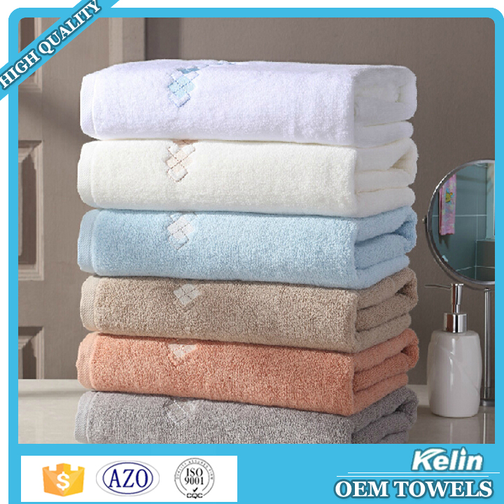 2016 hot selling item 350gsm black and white striped bath towel