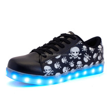App bluetooth control Cross bones design led shoes black color light up shoes battery operated led bluetooth shoes