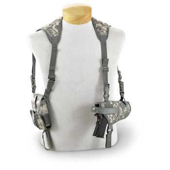 Outdoor Tactical Universal Hidden Shoulder Pistol Holster with 2 magazine Pouch