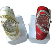 2014 fashion lady's bracelet watch alloy watches for woman