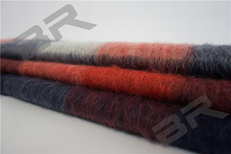 Quality wool mohair blend plaid fabric for garment
