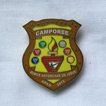 Shield shape Fashion design custom made enamel badge clip safety lapel pin