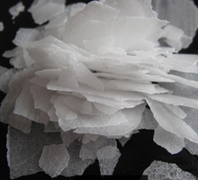 Factory price Caustic Soda Pearls 99% / Caustic Soda Flakes 99% / Caustic soda Solid 99%