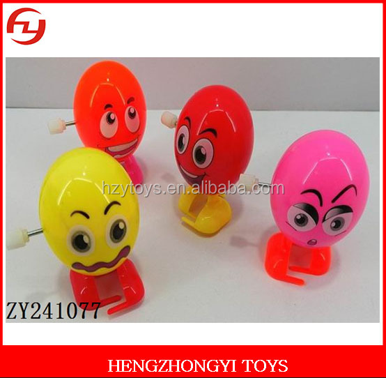2017 new wind up egg toys with different color and expression