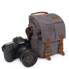 Well crafted vintage dslr camera messenger bag for men with leather