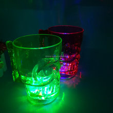 Led flashing skull cup light-up plastic skull mug Skull shape led flashing cup for Halloween