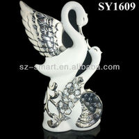 Isolate the silver plating love birds indoor ceramic statue