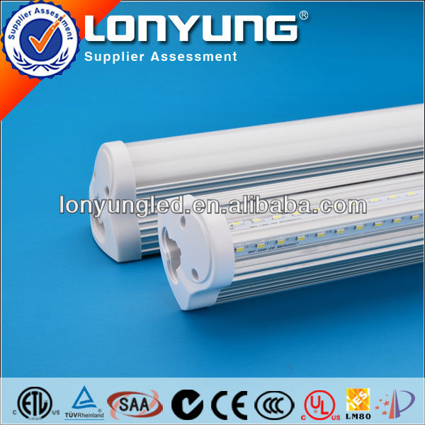 led beleuchtung v type t8 integrated tube lighting ETL TUV SAA UL CE C-tick LM79 IP65 Approved