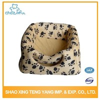 Pet accessories supplier Beautiful Latest dog house pet bed