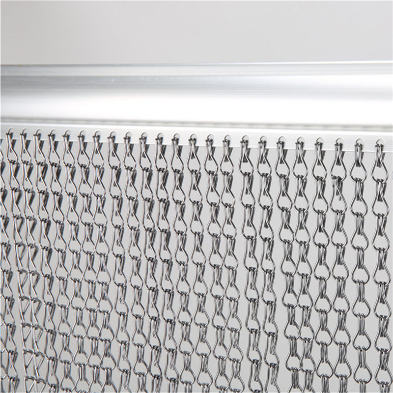 Decorative Aluminum Chain Fly Screen with standard dimension 90cm X 210cm