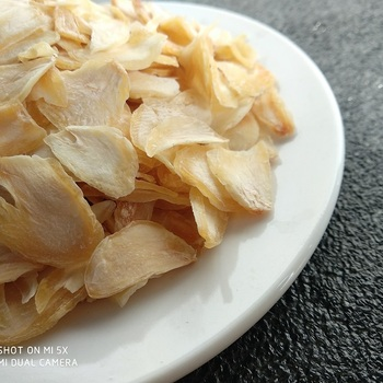 High Quality Dehydrated Garlic Flakes On Sale