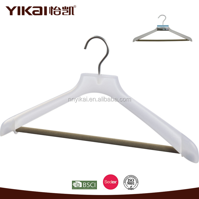 Luxury matte white plastic coat hanger for Japan market
