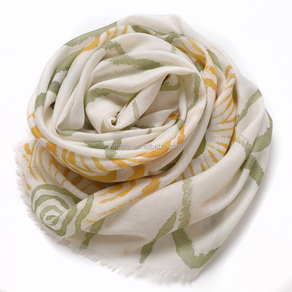 Ladies Fashionable Water Soluble Wool Scarf Dyed Style cashmer Wool Shawl