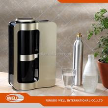 2015 New Popular home soda maker water dispense portable soda drink maker