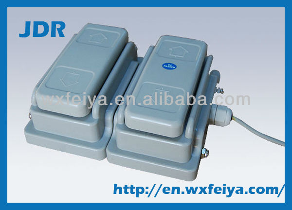 foot controller for linear actuator