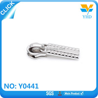 decorative zipper pulls runner manufacturers