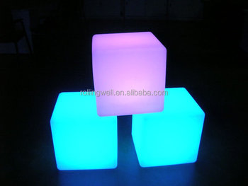 Wholesale multicolor illuminate high quality PE plastic 3D LED cube with 2 years warranty