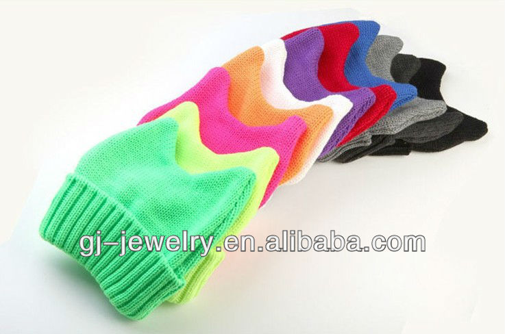 2012 new winter warm, fashion, colorful demon Angle knitting hat/lovely cat ear wool hat