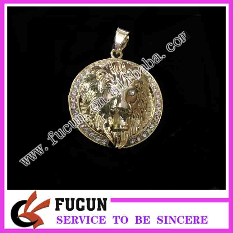 Fashion Costume Jewelry gold plated lion pendant for garment accessories